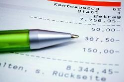 Was ist günstiger: Dispo oder Kredit?